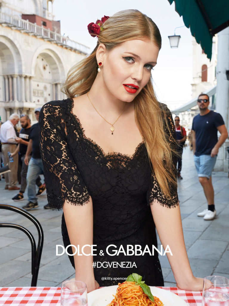 1516101201-dolce-and-gabbana-summer-2018-woman-advertising-campaign-04-1515775440