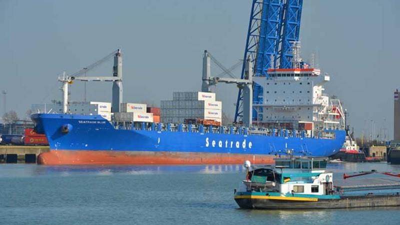 Zeebrugge-seatrade_blue-HenkClaeys