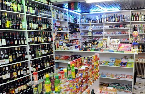 Sigaretten-en-alcohol-zijn-goed-voor-50m-van-onze-omzet_100_1000x0